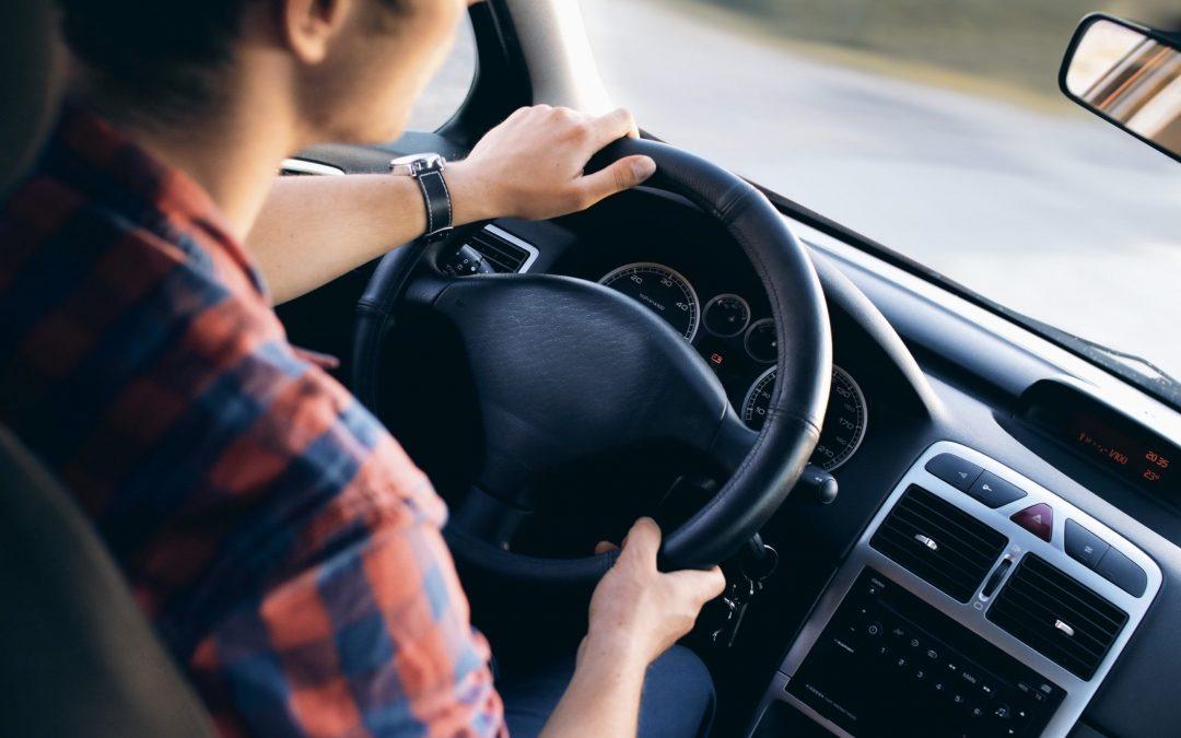 Mely autó alkatrészeket kell ellenőriztetni évente?